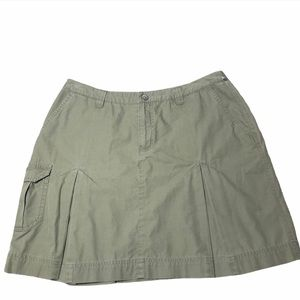 Patagonia RARE Green Cargo Pleated Skirt Size 8